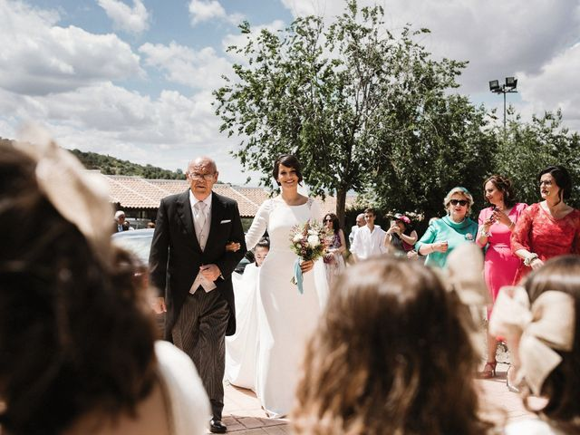 La boda de Jesús y María en Villarrubia De Los Ojos, Ciudad Real 36