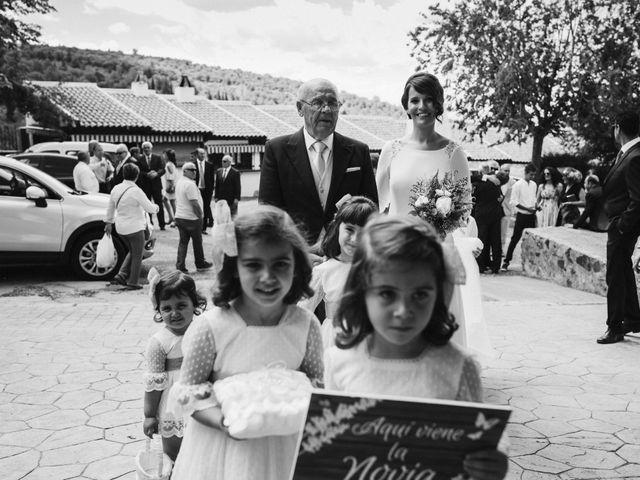 La boda de Jesús y María en Villarrubia De Los Ojos, Ciudad Real 37