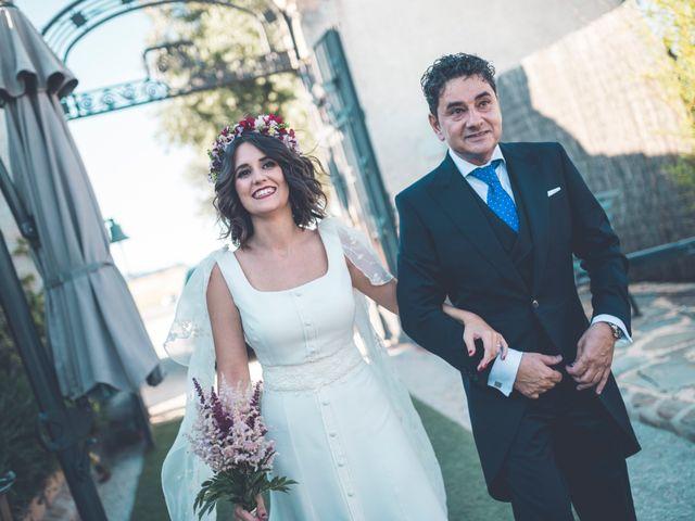 La boda de Jorge y Sara en El Vellon, Madrid 35