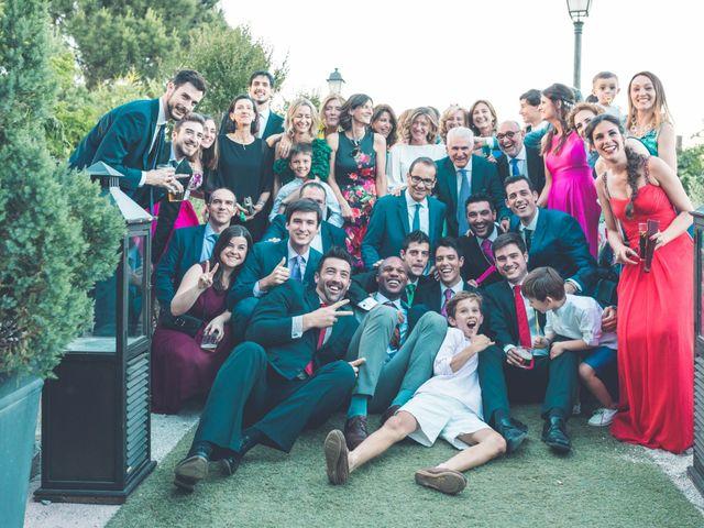 La boda de Jorge y Sara en El Vellon, Madrid 74