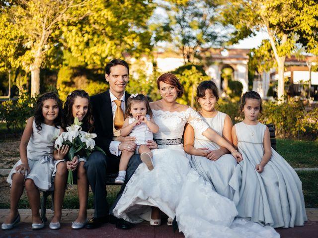 La boda de Rubén y Stella en Torrejon De Velasco, Madrid 56
