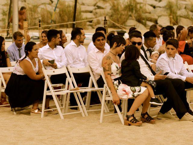 La boda de Elena y Santi en Castelldefels, Barcelona 20