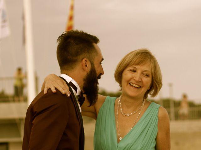 La boda de Elena y Santi en Castelldefels, Barcelona 28