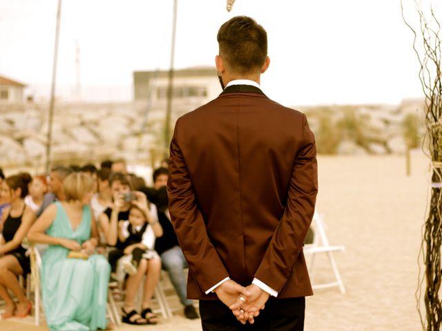 La boda de Elena y Santi en Castelldefels, Barcelona 29