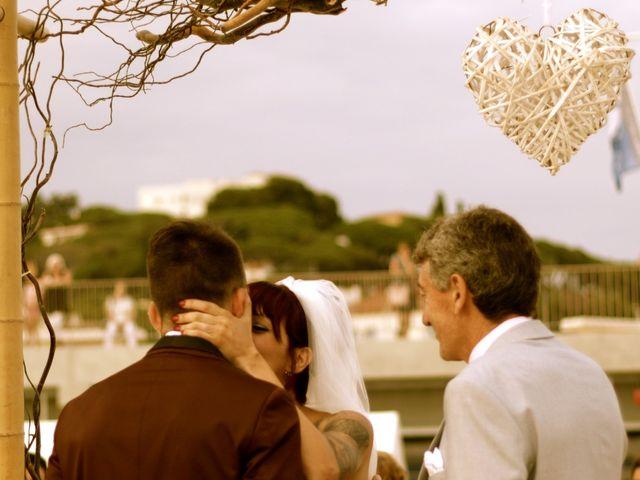 La boda de Elena y Santi en Castelldefels, Barcelona 35