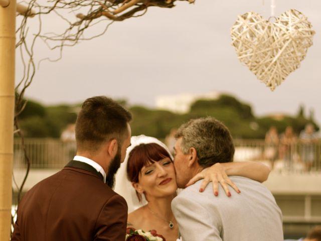 La boda de Elena y Santi en Castelldefels, Barcelona 36