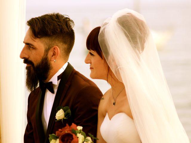 La boda de Elena y Santi en Castelldefels, Barcelona 41
