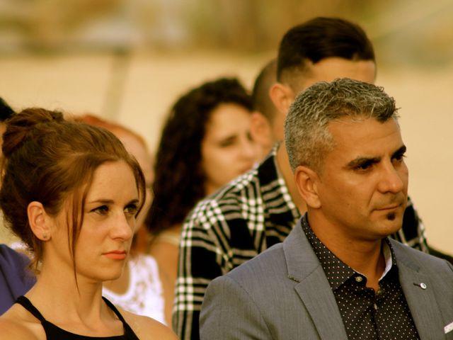 La boda de Elena y Santi en Castelldefels, Barcelona 44