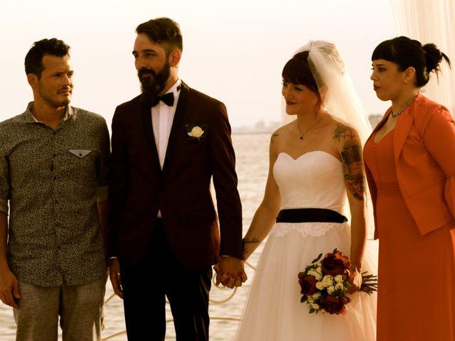La boda de Elena y Santi en Castelldefels, Barcelona 49
