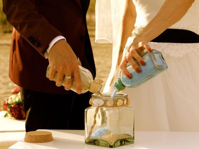 La boda de Elena y Santi en Castelldefels, Barcelona 54