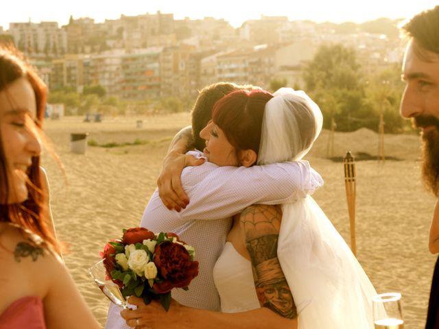 La boda de Elena y Santi en Castelldefels, Barcelona 63