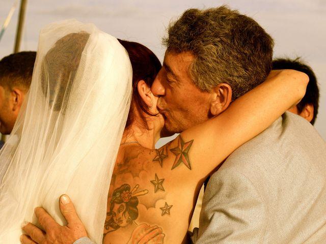 La boda de Elena y Santi en Castelldefels, Barcelona 67