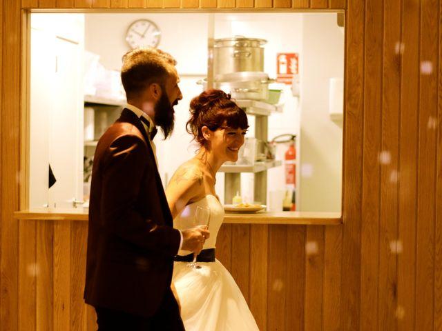 La boda de Elena y Santi en Castelldefels, Barcelona 89