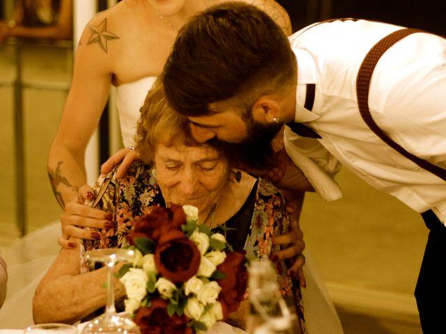 La boda de Elena y Santi en Castelldefels, Barcelona 93