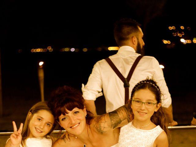 La boda de Elena y Santi en Castelldefels, Barcelona 95