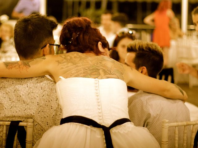 La boda de Elena y Santi en Castelldefels, Barcelona 105