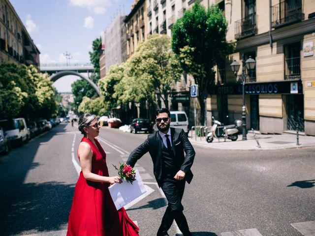 La boda de Leandro y Ainhoa en Madrid, Madrid 103