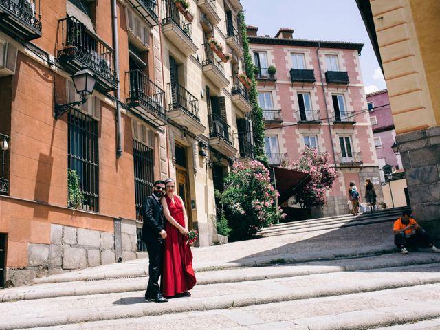La boda de Leandro y Ainhoa en Madrid, Madrid 105
