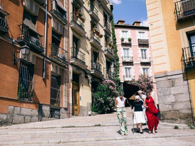 La boda de Leandro y Ainhoa en Madrid, Madrid 148