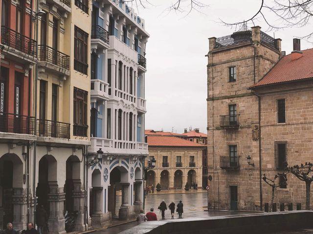 La boda de Manuel y Carmen en Avilés, Asturias 3