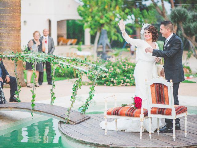 La boda de Hugo y Amalia en Mutxamel, Alicante 30
