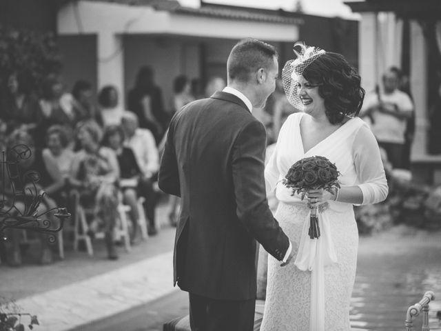 La boda de Hugo y Amalia en Mutxamel, Alicante 31