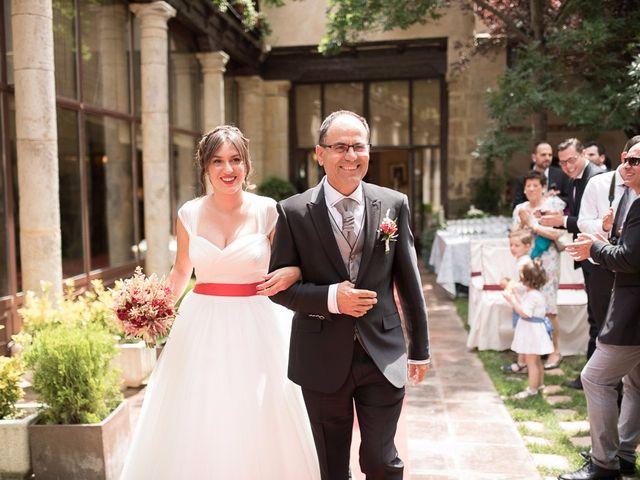 La boda de Javi y Elena en Piña De Campos, Palencia 14