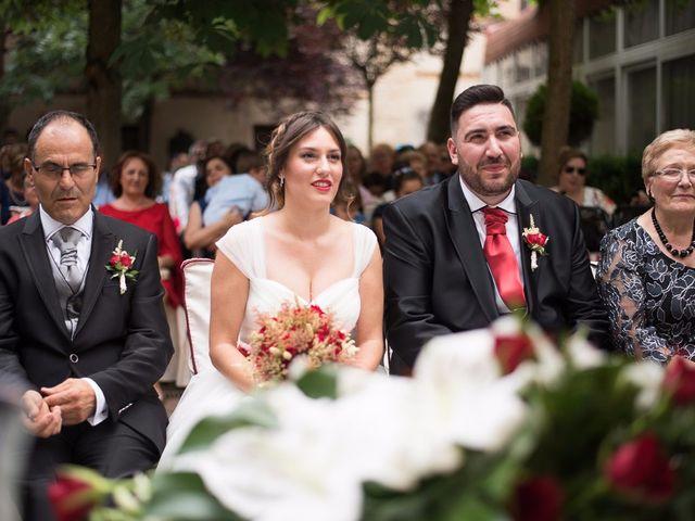 La boda de Javi y Elena en Piña De Campos, Palencia 16
