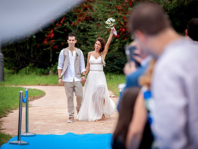 La boda de Nacho y Silvia en L' Ametlla De Mar, Tarragona 29
