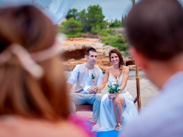 La boda de Nacho y Silvia en L' Ametlla De Mar, Tarragona 35