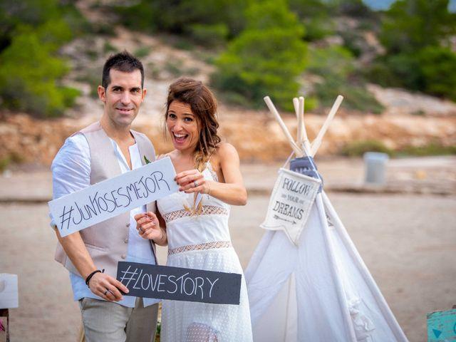 La boda de Nacho y Silvia en L' Ametlla De Mar, Tarragona 59