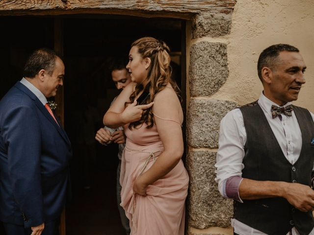 La boda de Albert y Jennifer en Sant Bartomeu Del Grau, Barcelona 27