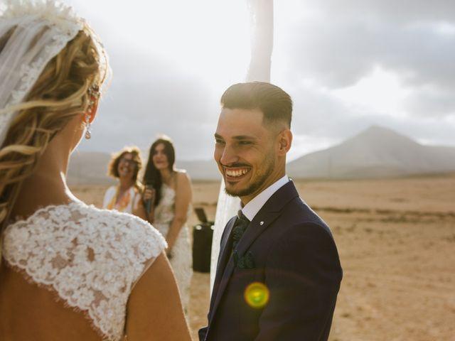 La boda de Víctor y Marta en La Oliva, Las Palmas 33