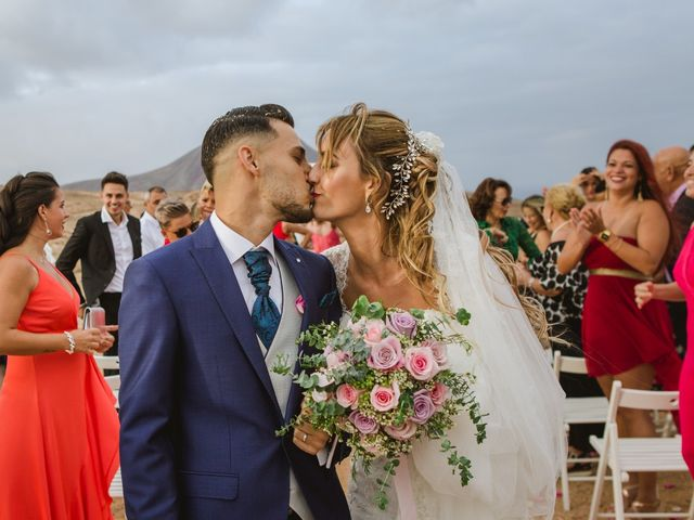 La boda de Víctor y Marta en La Oliva, Las Palmas 36