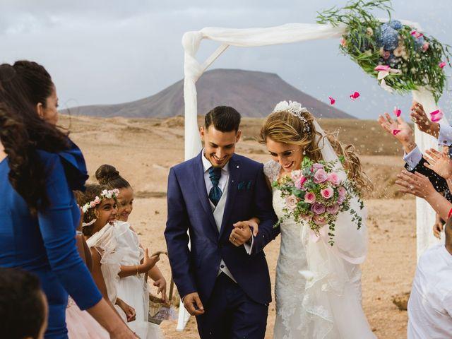 La boda de Víctor y Marta en La Oliva, Las Palmas 37