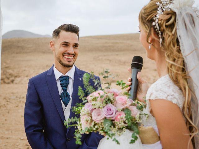 La boda de Víctor y Marta en La Oliva, Las Palmas 38
