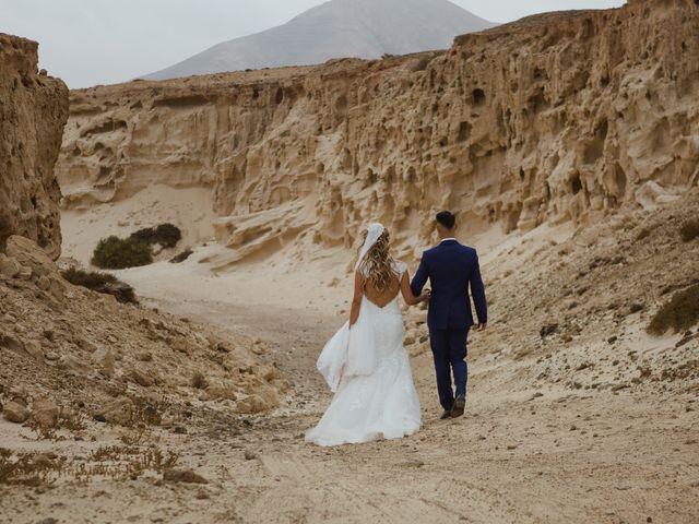 La boda de Víctor y Marta en La Oliva, Las Palmas 71