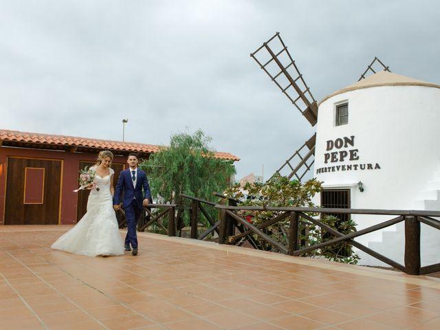 La boda de Víctor y Marta en La Oliva, Las Palmas 79