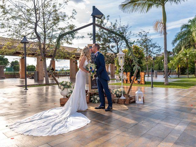 La boda de Iván y María en Alginet, Valencia 39