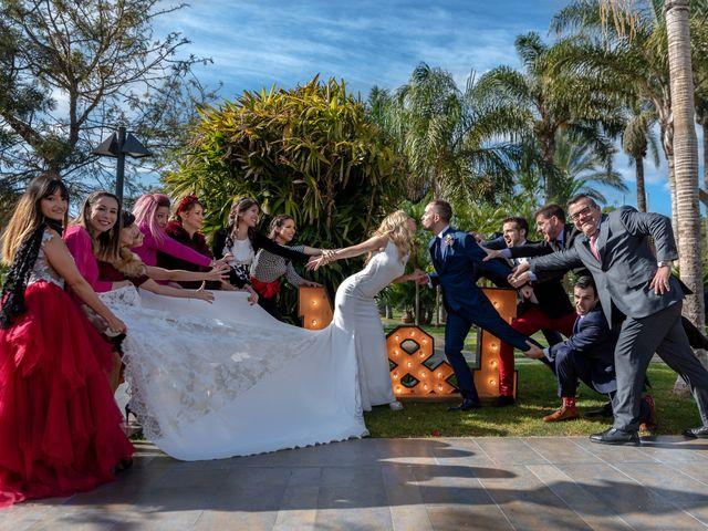 La boda de Iván y María en Alginet, Valencia 40