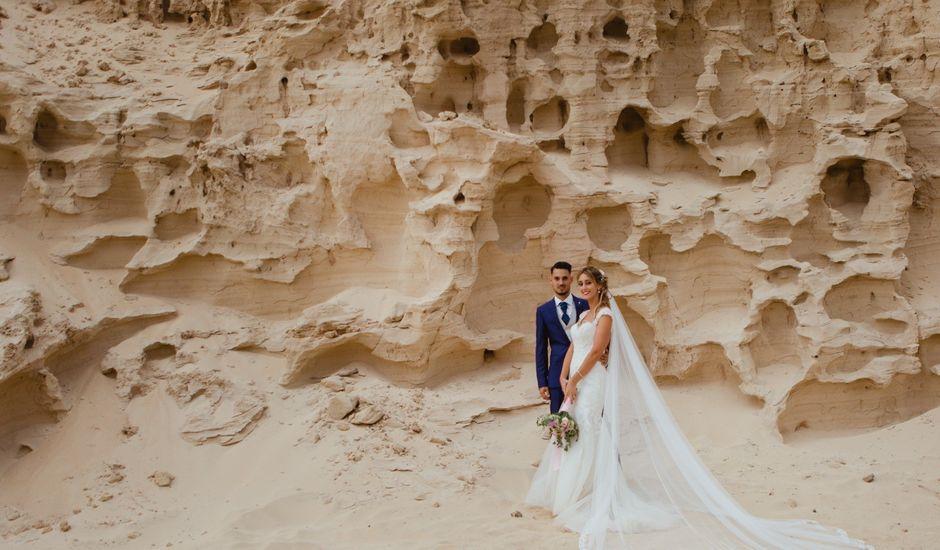 La boda de Víctor y Marta en La Oliva, Las Palmas