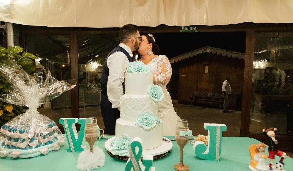 La boda de Juanjo y Vero en Jerez De La Frontera, Cádiz