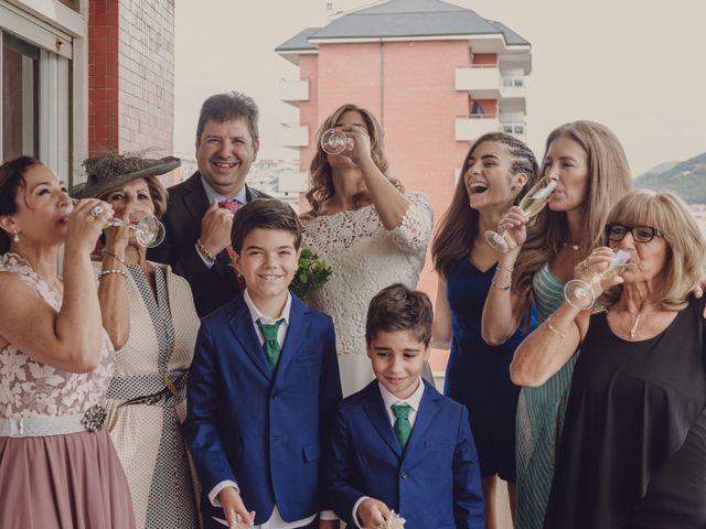 La boda de Borja y Iria en Laredo, Cantabria 13