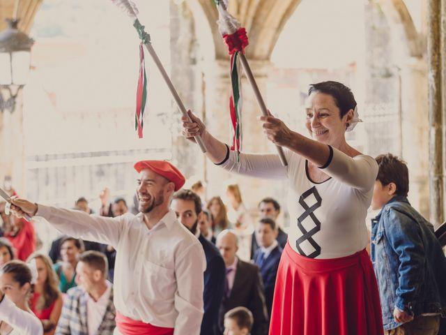 La boda de Borja y Iria en Laredo, Cantabria 43