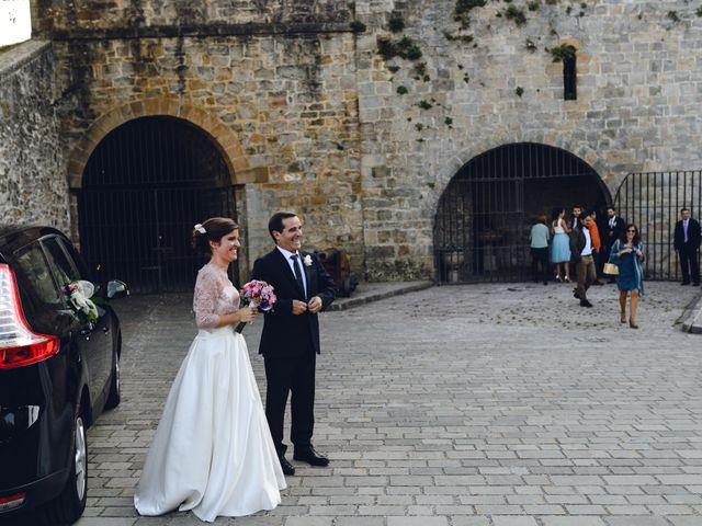 La boda de Gorka y Itsaso en Pamplona, Navarra 43