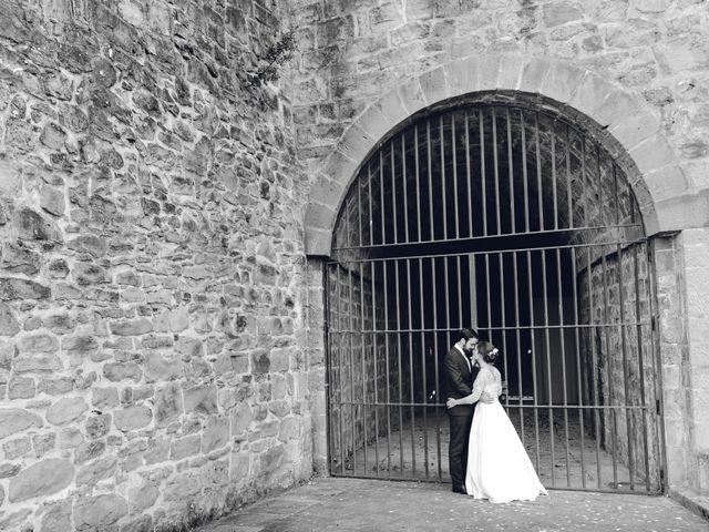 La boda de Gorka y Itsaso en Pamplona, Navarra 46