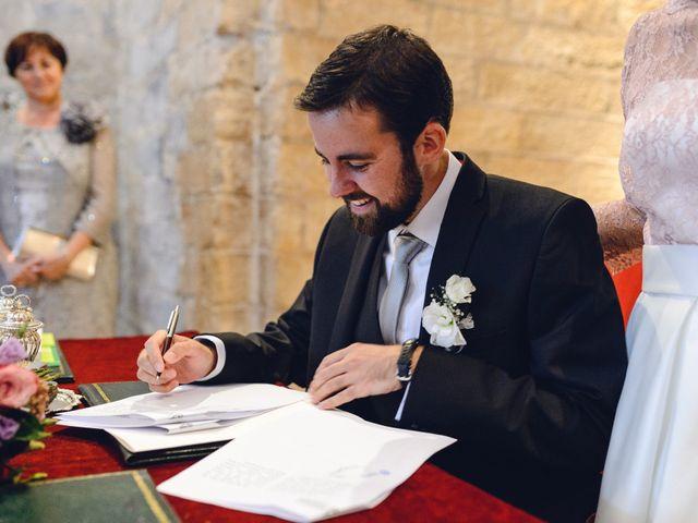 La boda de Gorka y Itsaso en Pamplona, Navarra 57