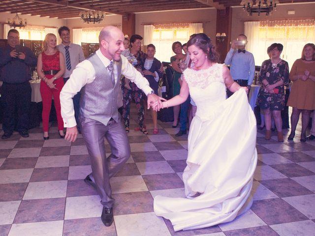 La boda de Dani y Mª Virtu en Villena, Alicante 17