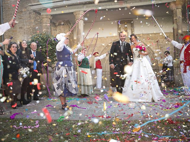 La boda de Jesús y Ana en Hondarribia, Guipúzcoa 2