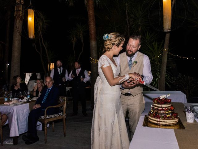 La boda de Jim y Talía en Tarifa, Cádiz 31
